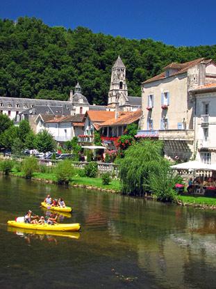 Canoeing in Brantôme